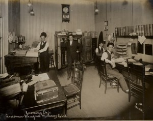 Accounting Office 1917